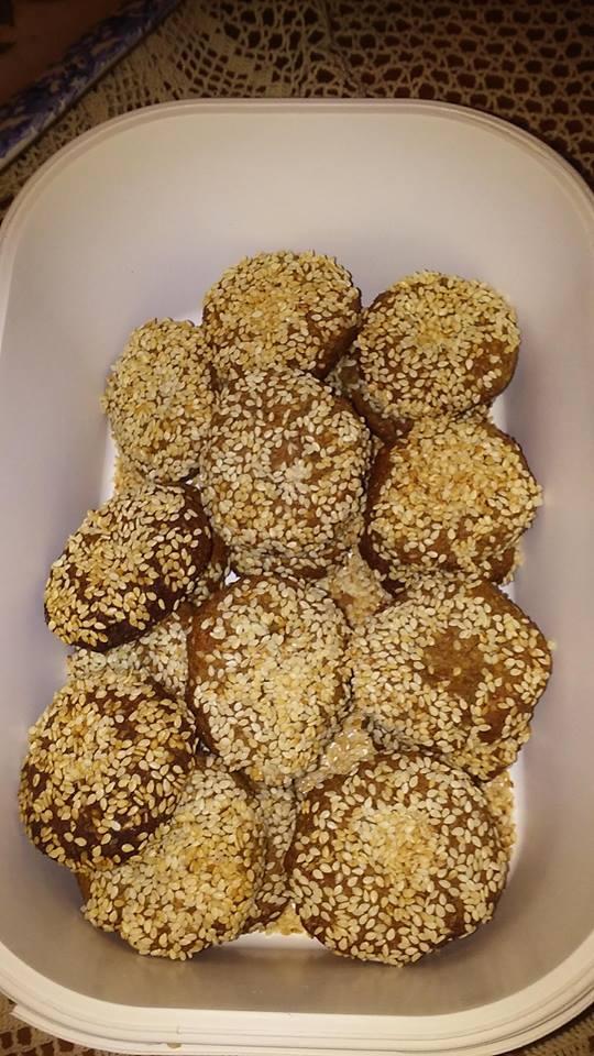 νηστίσιμα κουλουράκια πορτοκαλιού με βρώμη, μέλι και σουσάμι