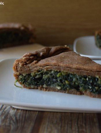 πίτα με σπανάκι-τσουκνίδα και αλεύρι Ζέας