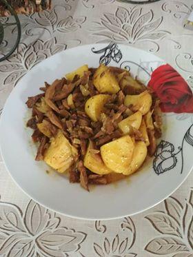 πατατες φούρνου με μανιταρια