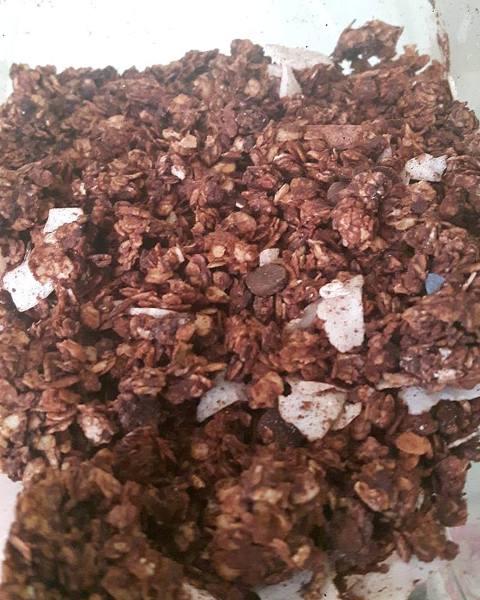 γκρανόλα-με-σοκολάτα