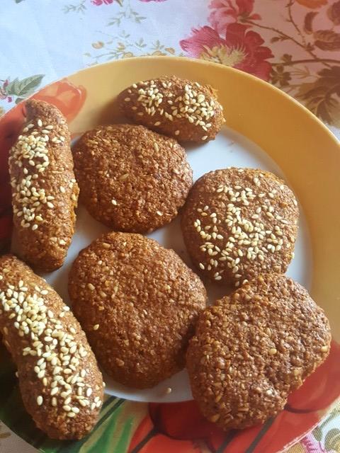 μπισκότα βρώμης με πετιμέζι