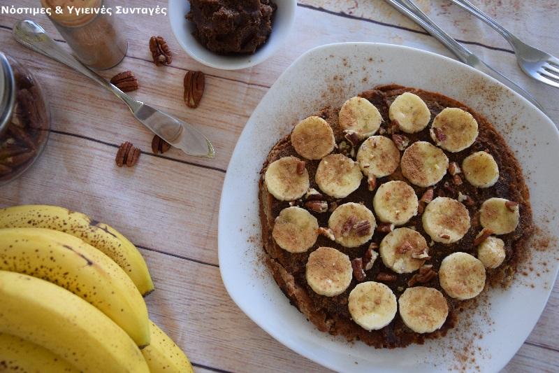 pancake βρώμης με μερέντα και μπανάνα