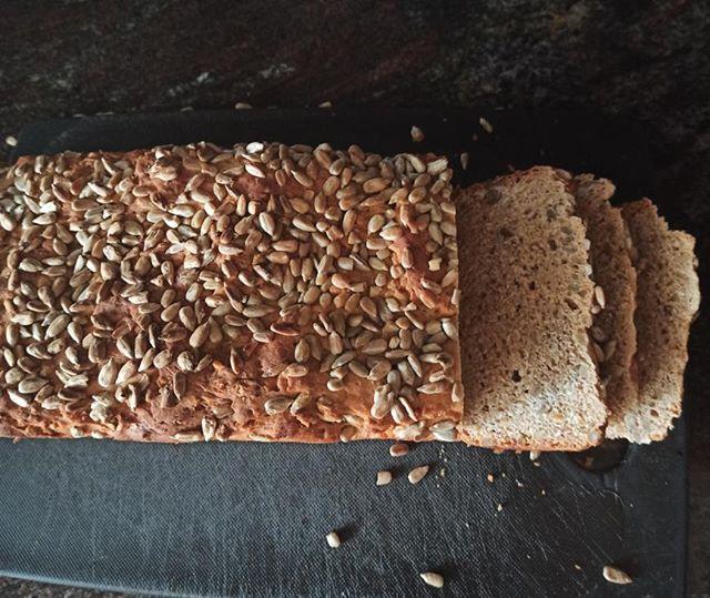 ψωμί Ζέας πολύσπορο
