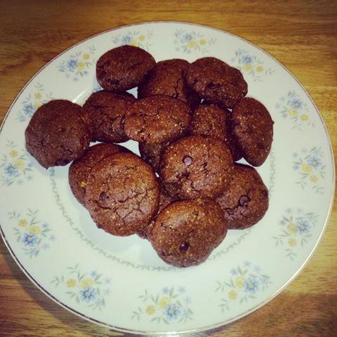 σοκολατένια μπισκότα με βρόμη