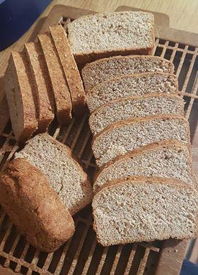 σπιτικό-ψωμί-με-αλεύρι-Ζέας