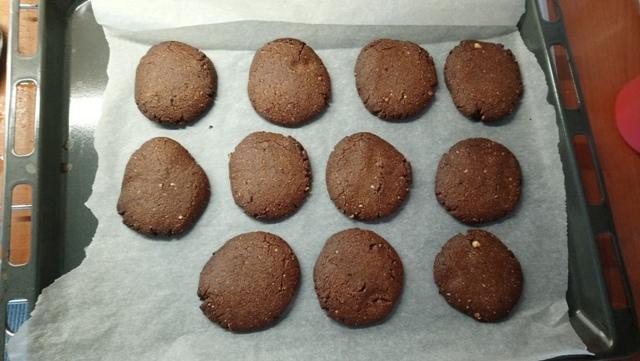 μπισκότα-σοκολάτας