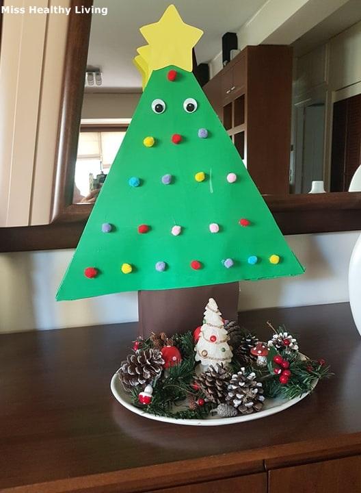 Χριστουγεννιάτικη-πινιάτα