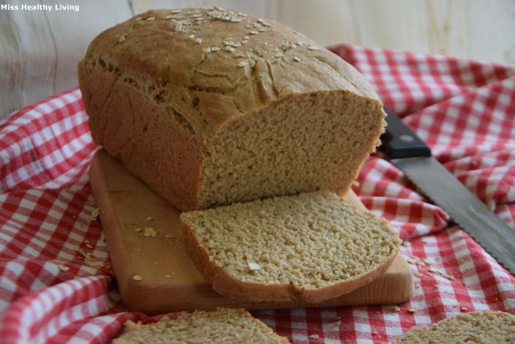 ψωμί-του-τοστ-με-αλεύρι-ζέας-χωρίς-ζάχαρη