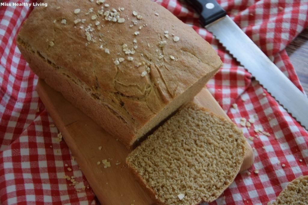ψωμί-του-τοστ-με-αλεύρι-ζέας
