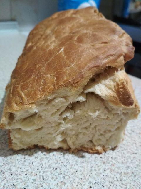 σπιτικό-ψωμί-χωρίς ζάχαρη με αλέυρι Ζέας