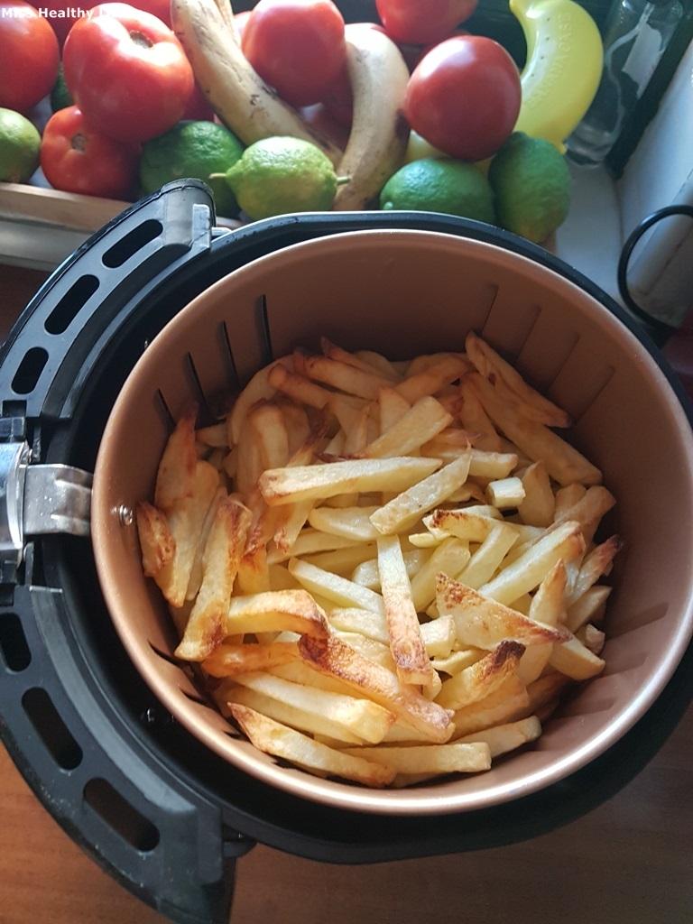 πατάτες τηγανητές σε φριτέζα αέρος power-air-fryer