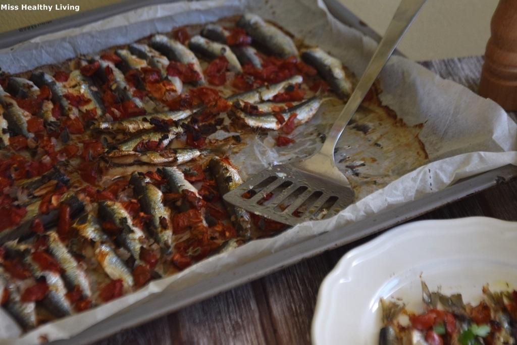 σαρδέλες με ντομάτα στο φούρνο