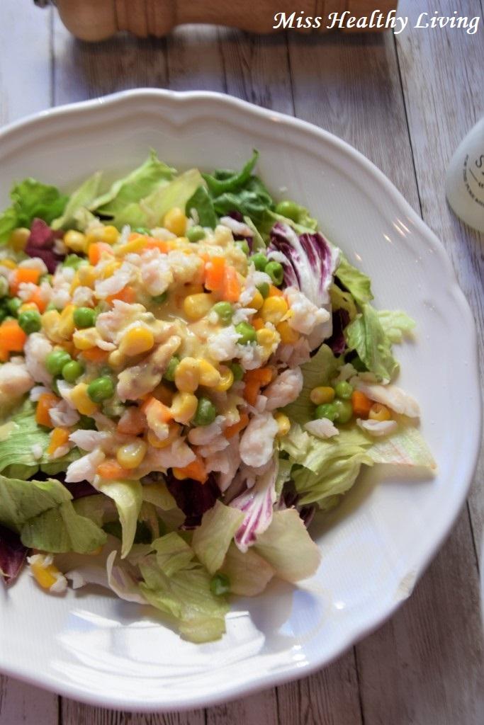 μπακαλιάρος με λαχανικά αρακά και καλαμπόκι