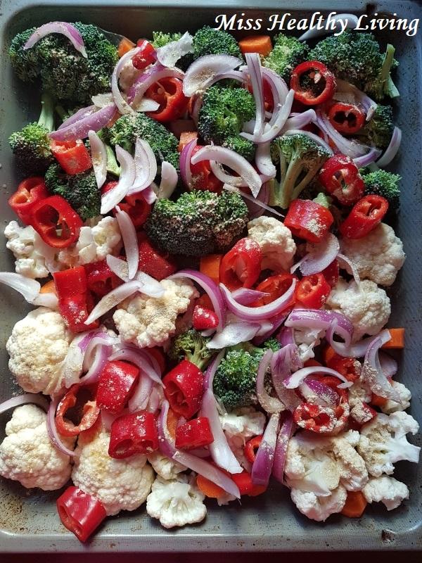 ψητό μπρόκολο, ψητό κουνουπίδι, ψητά κρεμμύδια, ψητά καρότα, ψητά λαχανικά